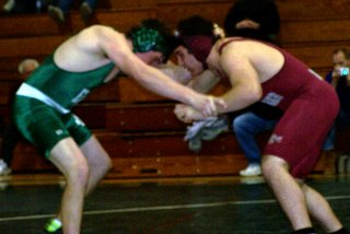 East Brunswick Wrestling Scott Kominkiewicz - click for larger image